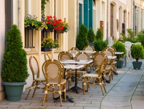 Street cafe in Luxembourg