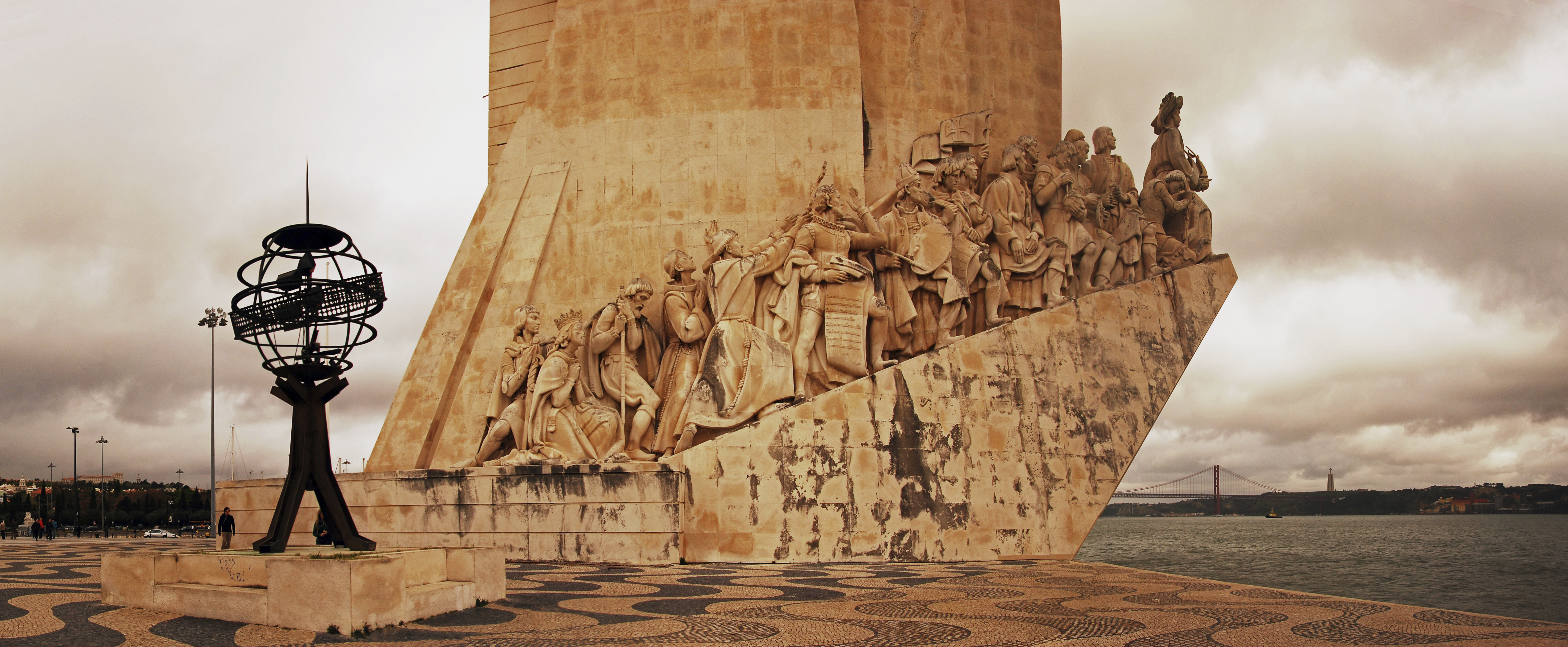 The Monument to the Discoveries - most famous statues