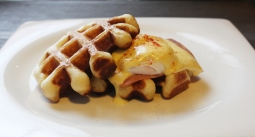Waffle with ham and cheese Breakfast