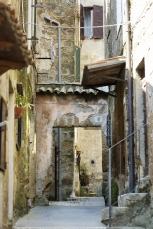 Narrow Italian street in Pitigliano