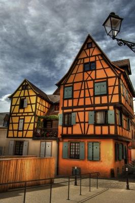 Frame Houses HDR