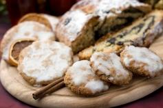 german christmas cookies and cake