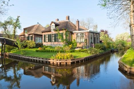Giethoorn Netherlands Canal City