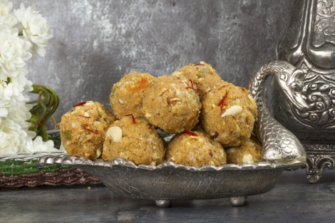 Best Traditional Indian Dishes Laddu