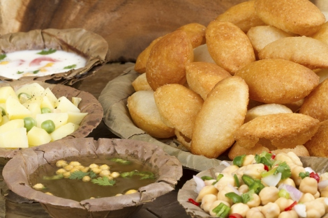 Best Traditional Indian Dishes Gol Gappa