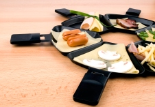 Raclette pans with food