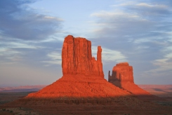 View of buttes at sunrise in Monument Valley